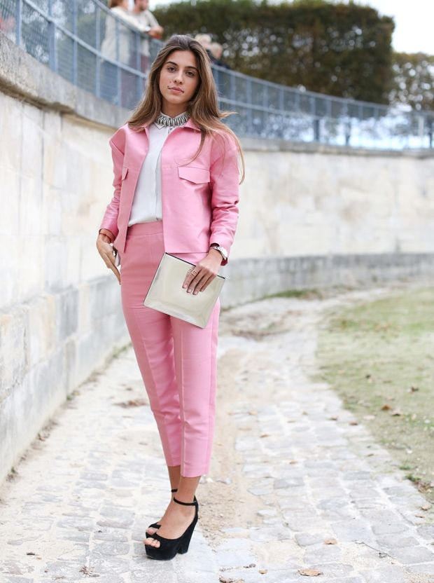 27 Ways to Rock the 'Pink Bubble Gum' Look | The bubble, Women's ...
