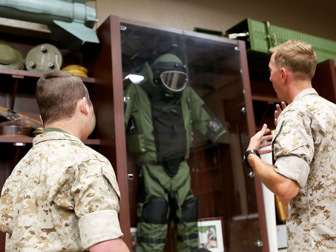 Marines of 1st EOD Company make wish come true