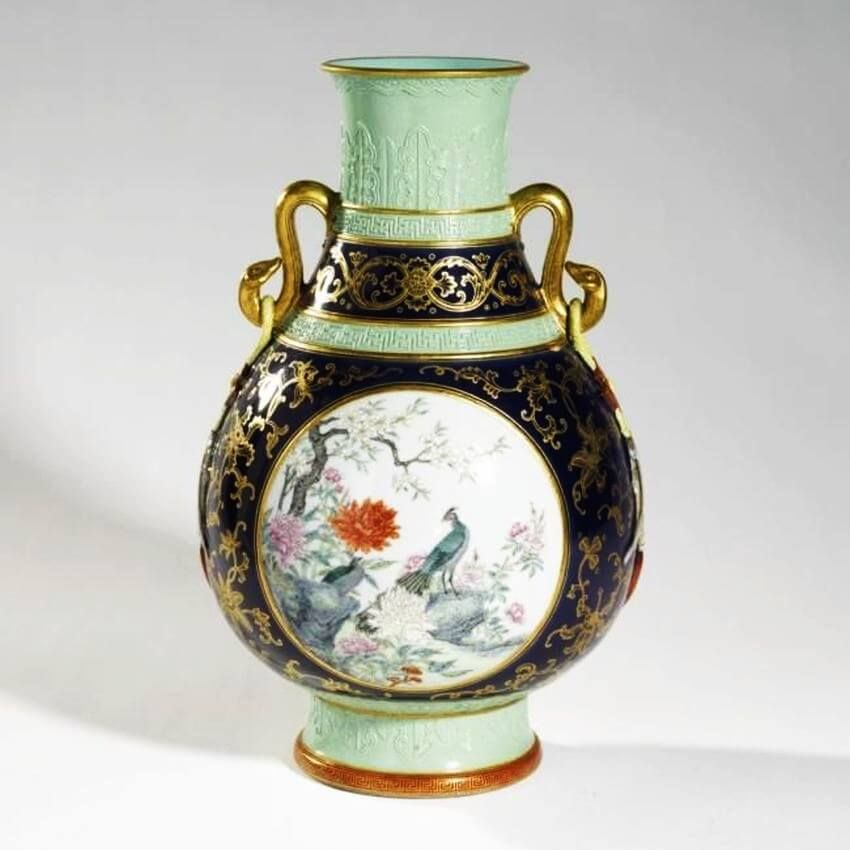 These Are the Most Expensive Vases in the World!  Vase, Chinese ceramics, Porcelain art
