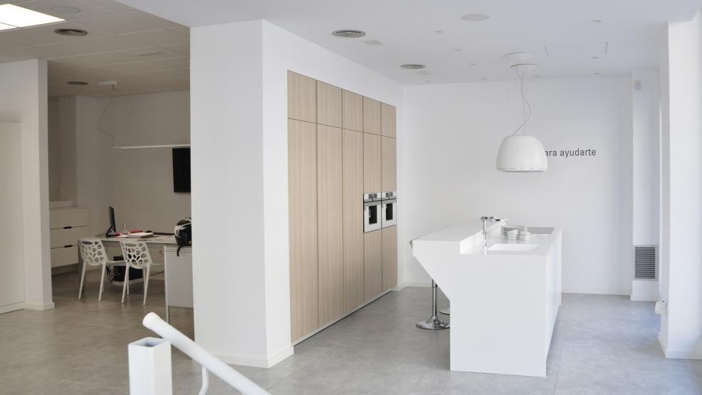 Tiendas sofas en vigo cheap edra tienda de muebles en - Merkamueble sofas cheslong ...