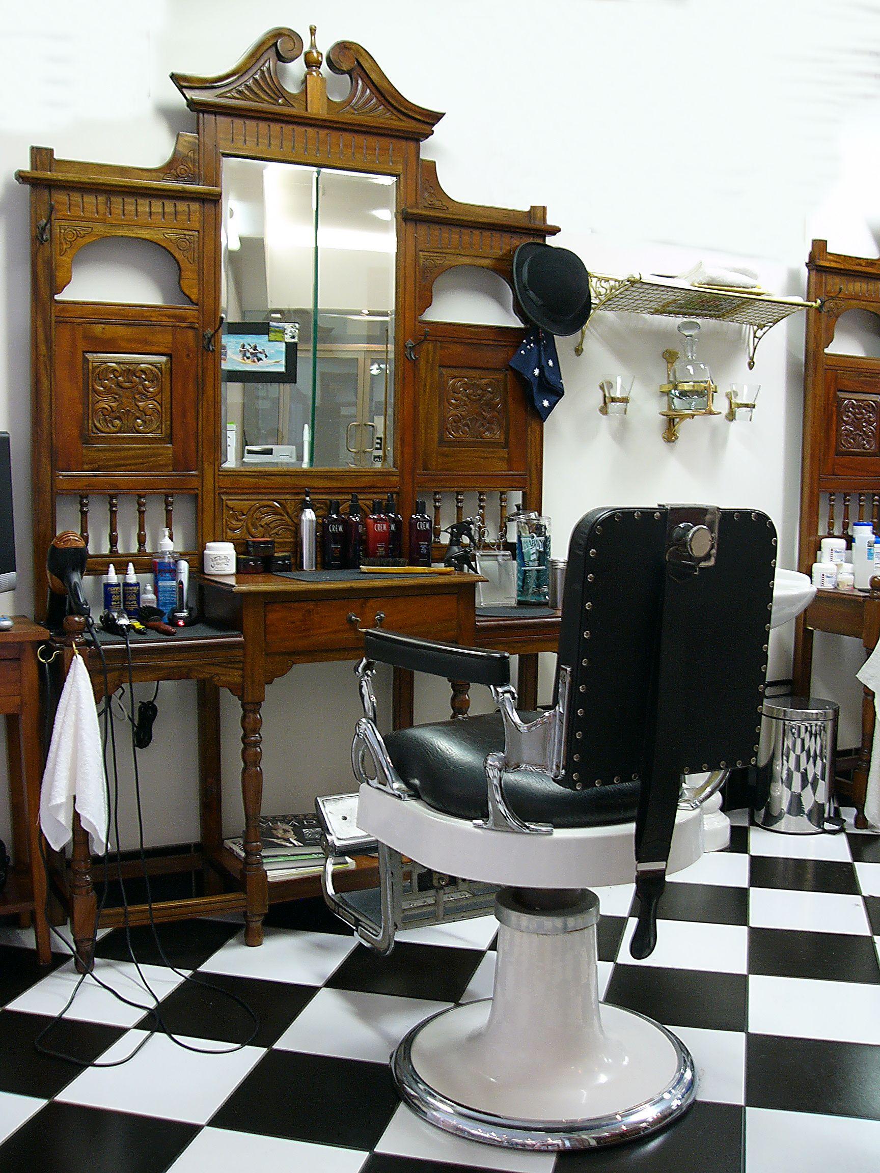 Vintage Barbershop Barber Shop (Mo...