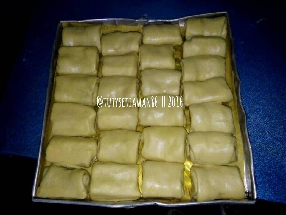 Resep Bolen Pisang Keju Oleh Tutysetiawan Resep Resep Pudding Desserts Pisang