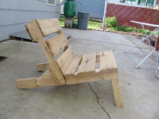 EN TIEMPO DE CRISIS CAPITALISTA Como hacer muebles con Palets de