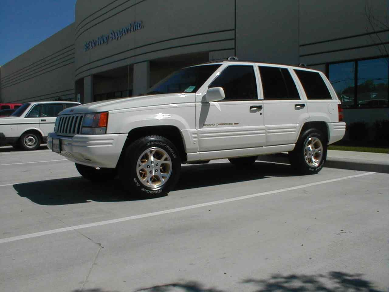 1996 jeep grand cherokee (white), just bought one of these. going