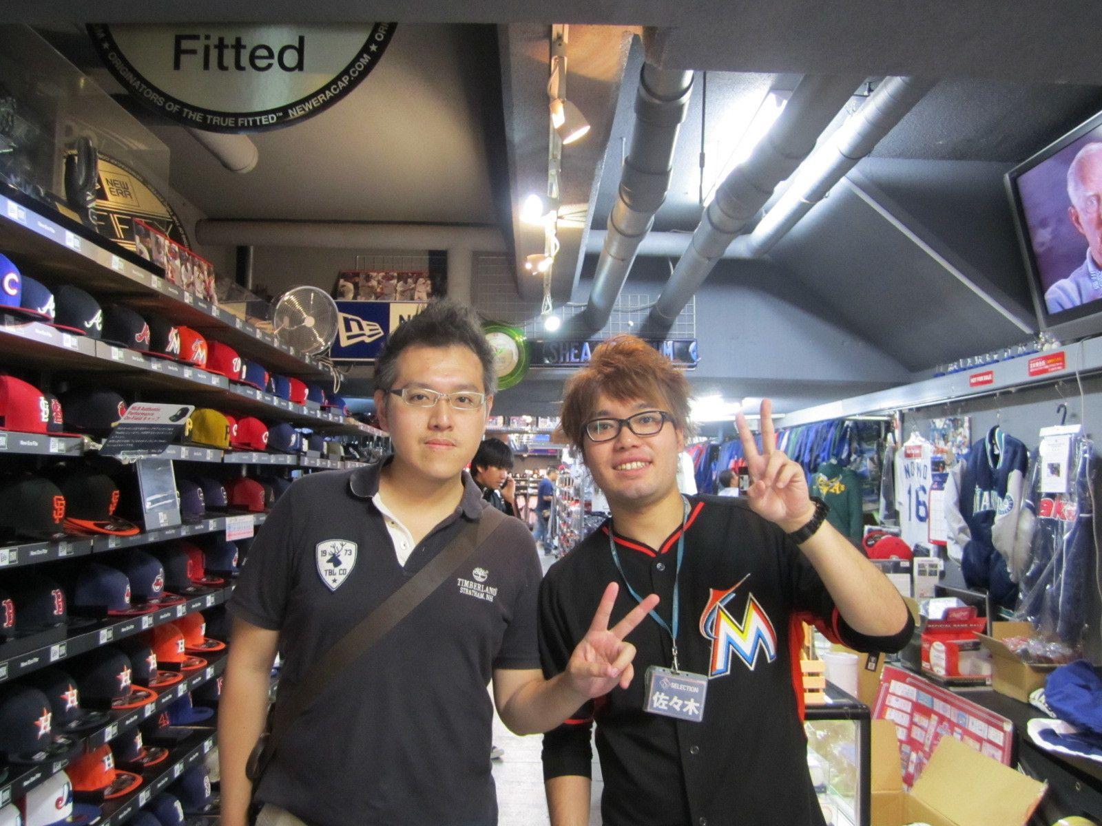 【新宿1号店】2014.09.08 ドジャースのジャケットをご購入いただきました☆とてもお似合いでした(・ω<)またのご来店お待ちしております♪