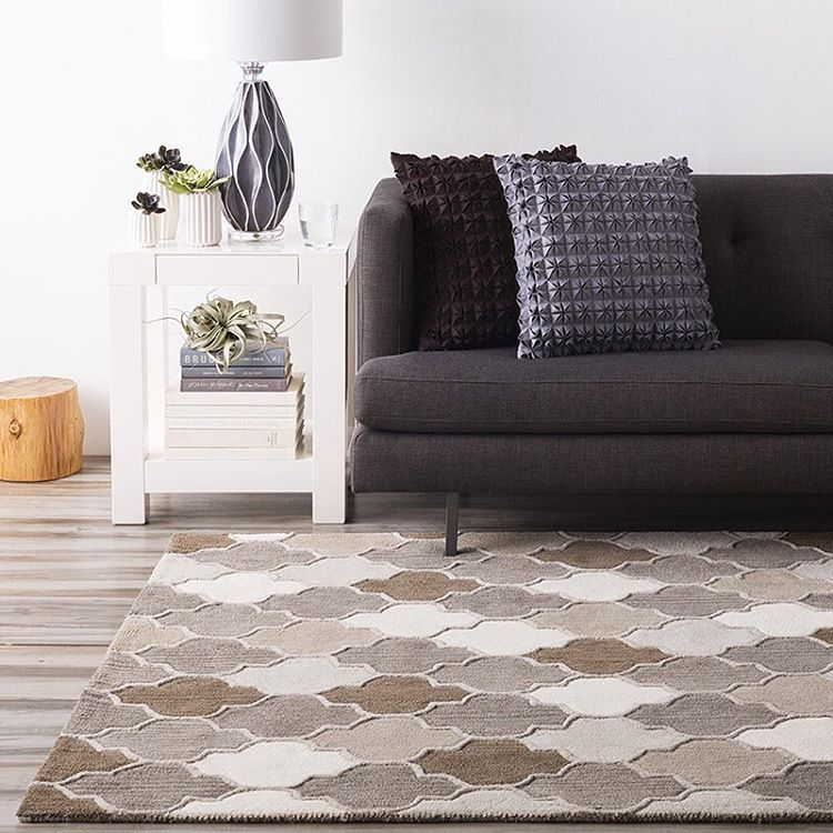 The Oasis Tile Rug Has A Gorgeous Geometric Pattern In