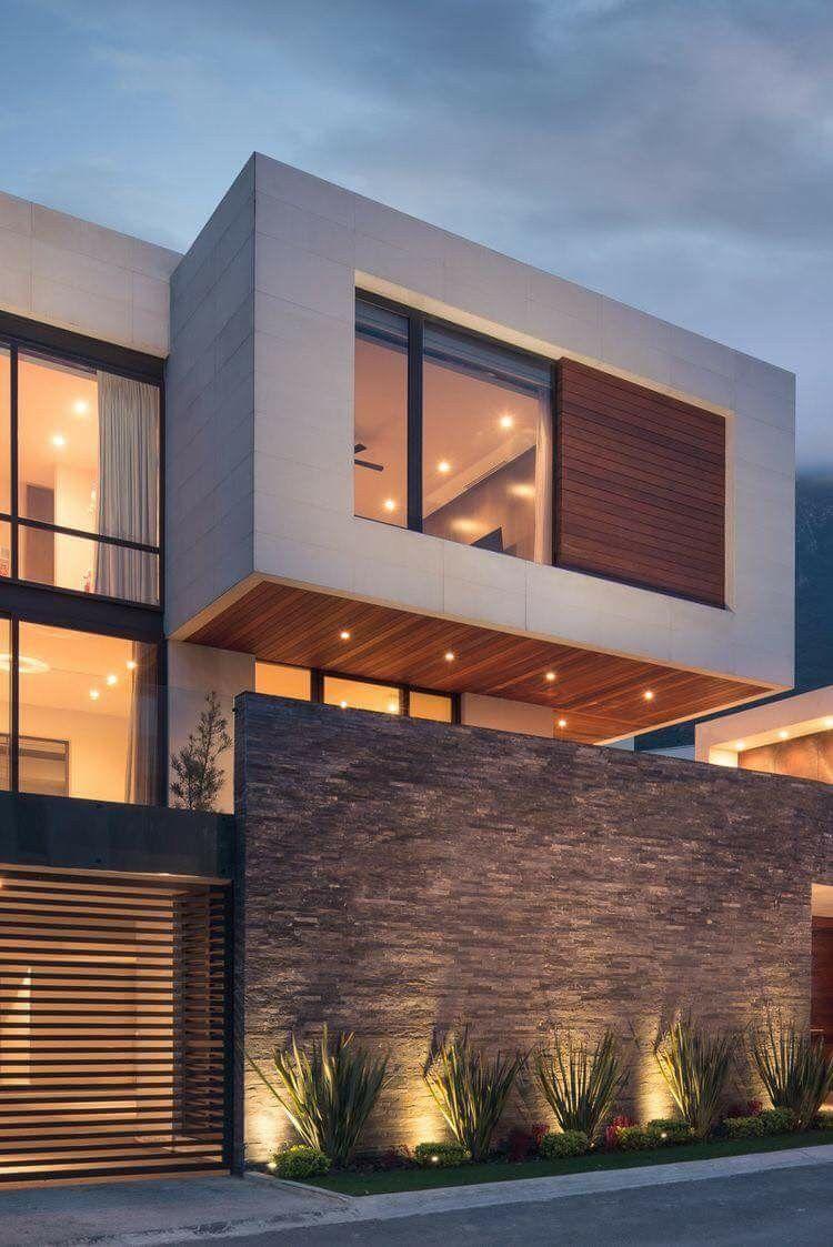Iluminaci n decoraci n para jardines en 2019 fachadas - Jardines exteriores de casas modernas ...