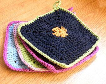 Double+Layer+Crochet+Potholder+Pattern | ... potholders ...