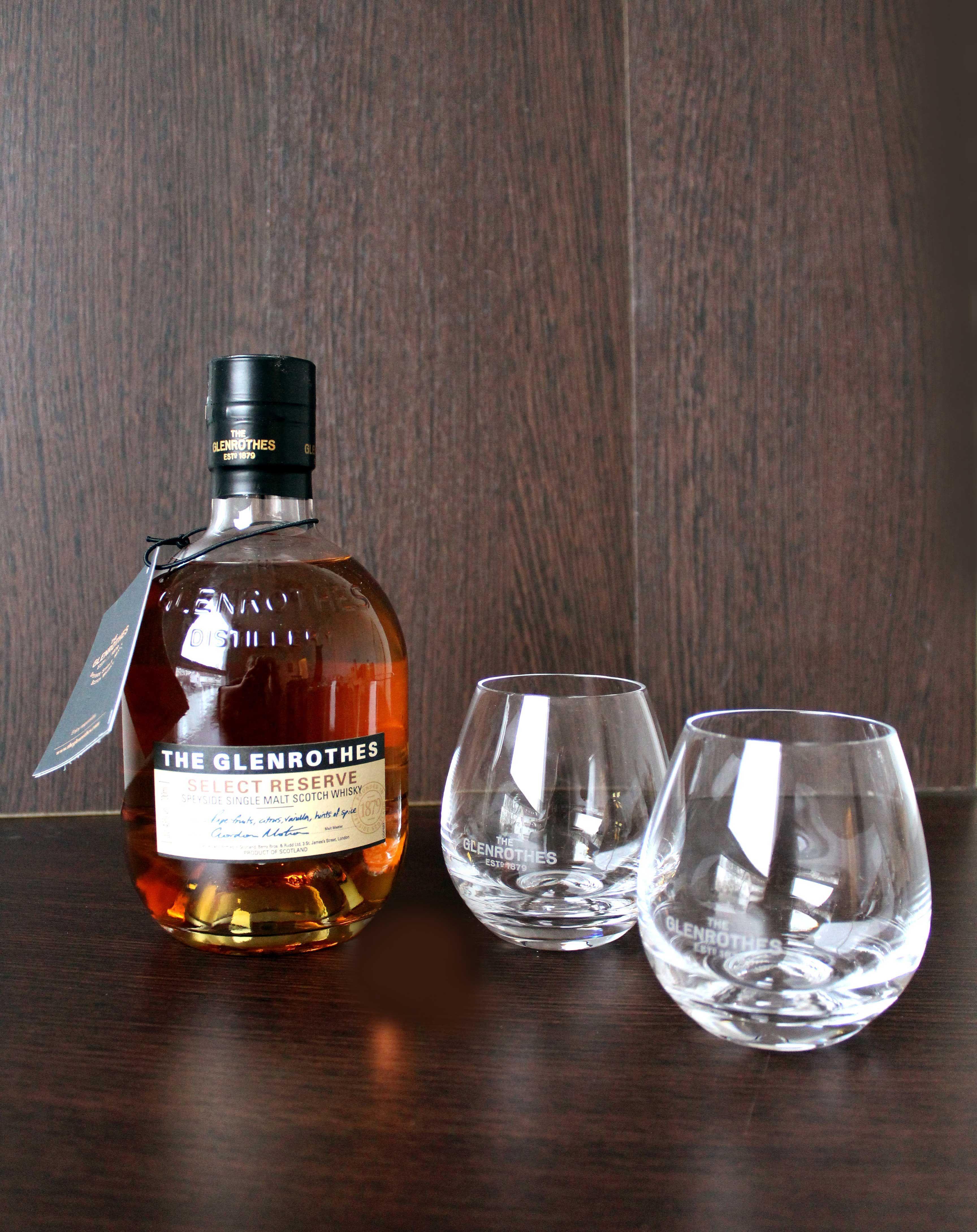Qualitätswhisky mit gravierten Gläsern für Opa zum Geburtstag, er ...