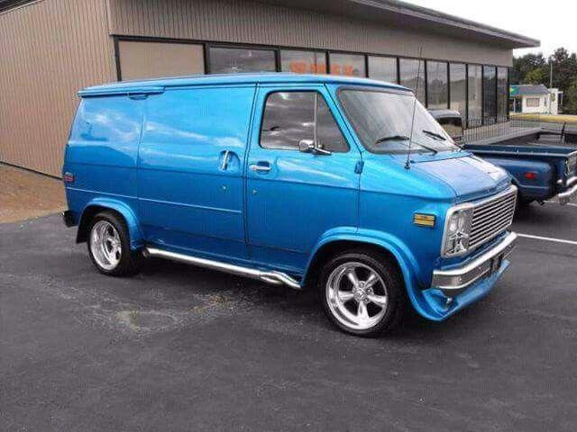 Beautiful Short Body Chevy Van Chevy Van Custom Vans Old