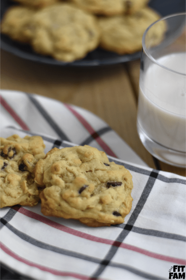 Photo of Oatmeal Chocolate Chip Cookies – That Fit Fam