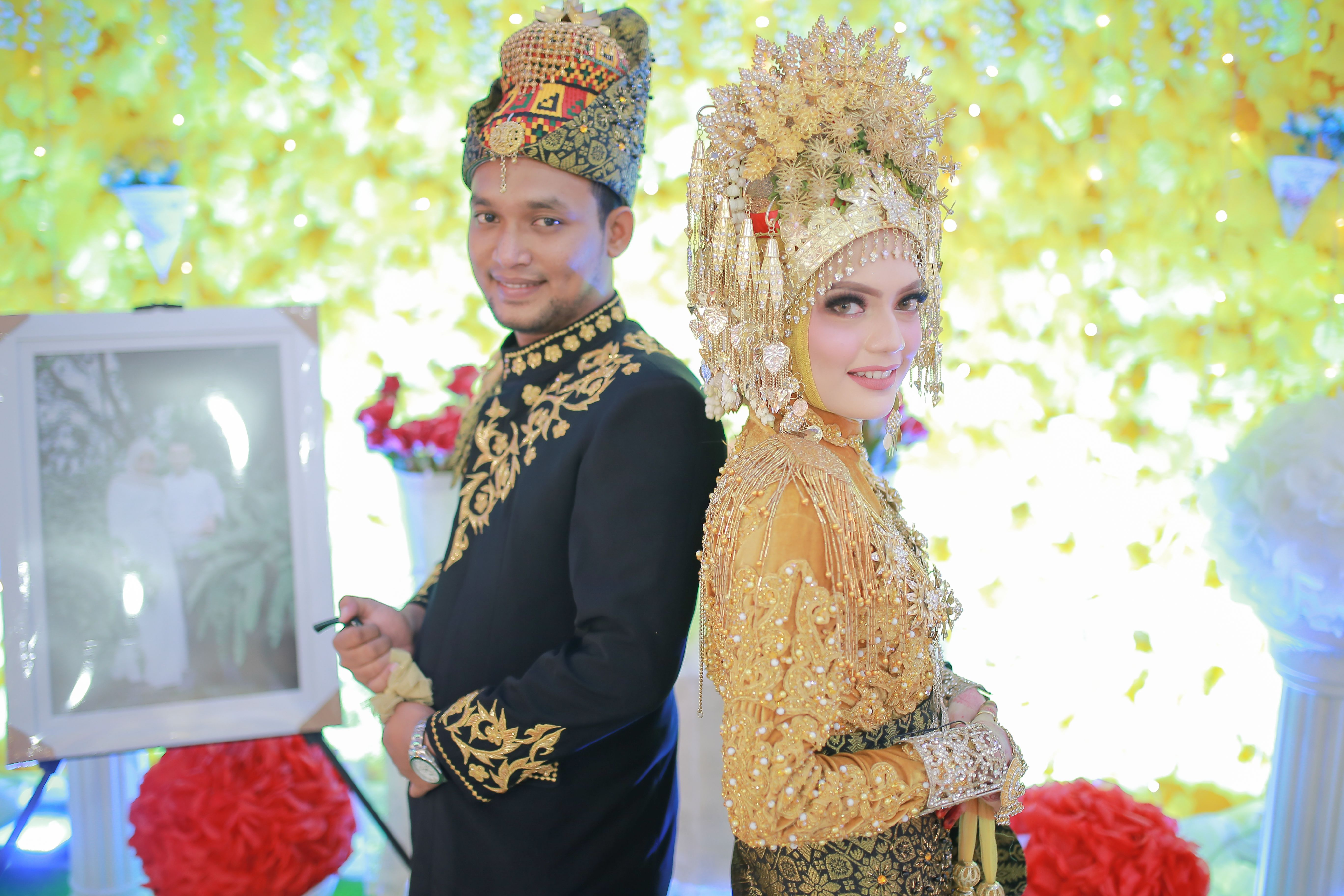 Pakaian Adat Aceh Adalah