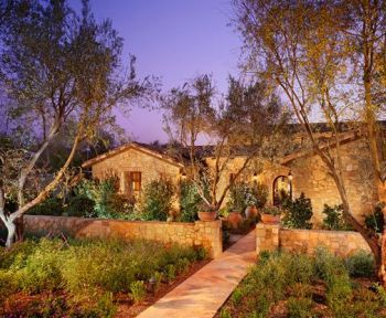 tuscan front yard landscaped garden