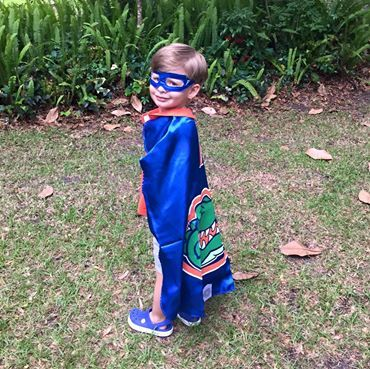This little Gator is ready to cheer on his team. #gator #UF everfan.com