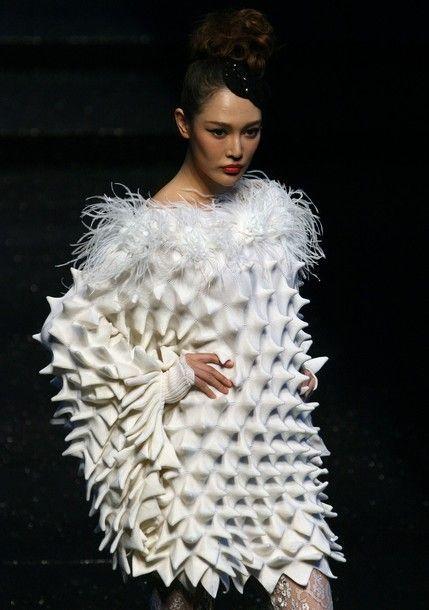 China fashion week texture elements principles of design jpg 429x610 Dress  fashion design from china 5bf571769