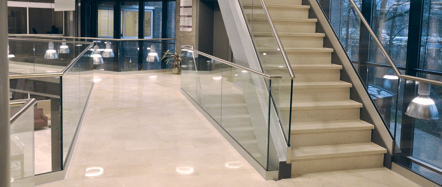 Altezza Dei Parapetti pin by sue beers on stair railing | glass railing system