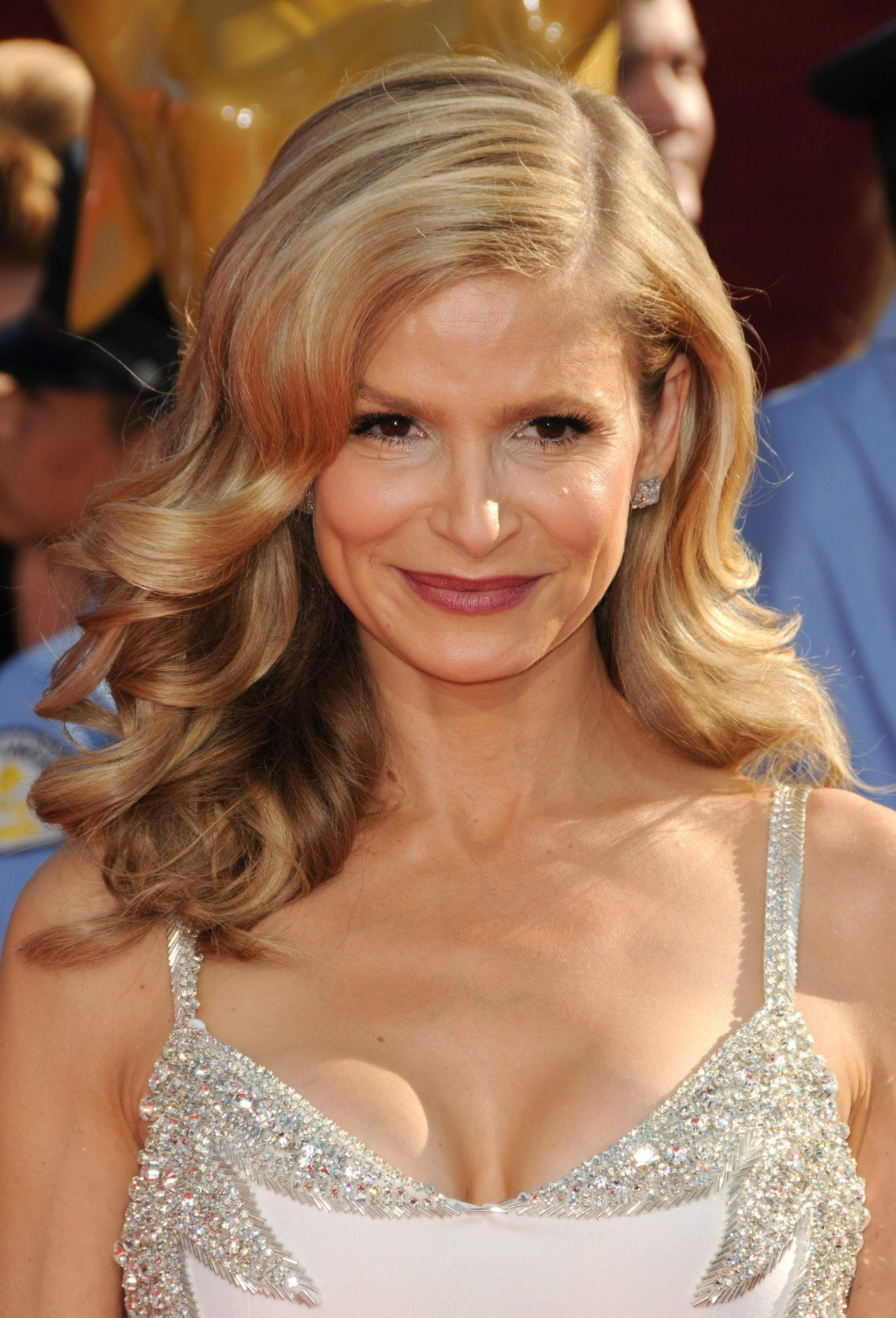 kyra sedgwick the closer