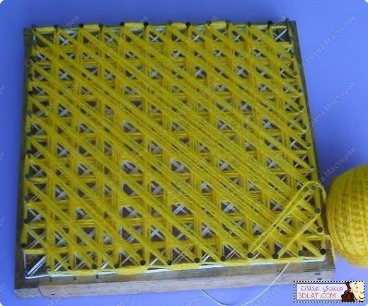 بالصور خطوات مفرش بالنول الخشبى 12944615115 Jpg Weaving Pom Pom Mattress