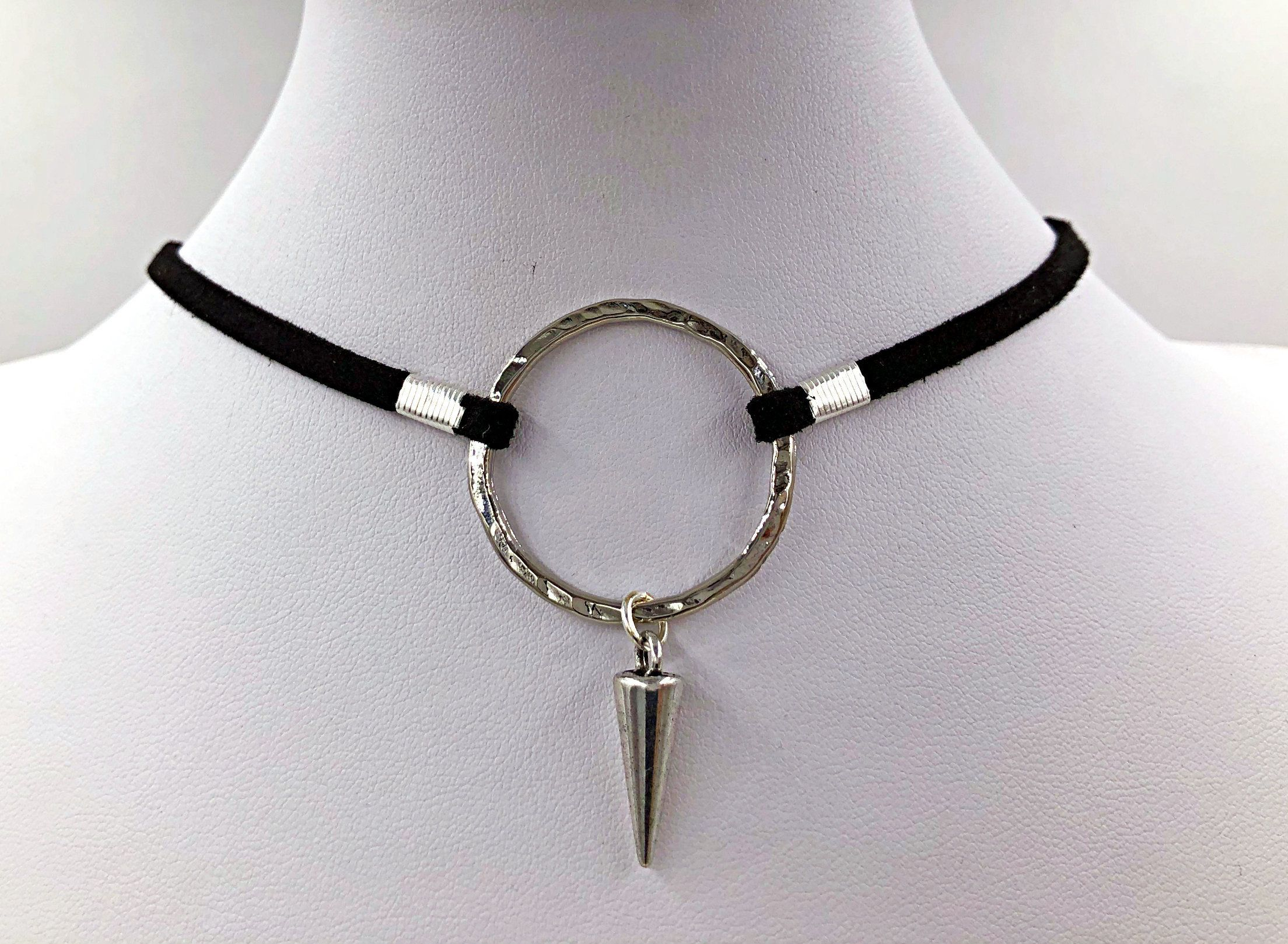 Necklace collar for bdsm are