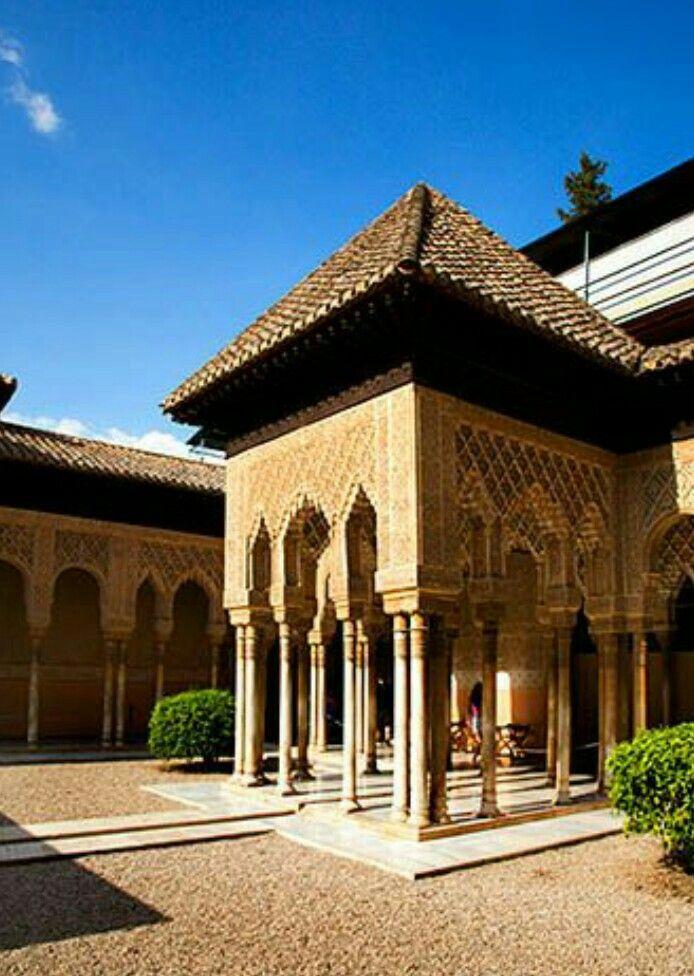 Patio De Los Leones Granada Espana Castles Fortresses
