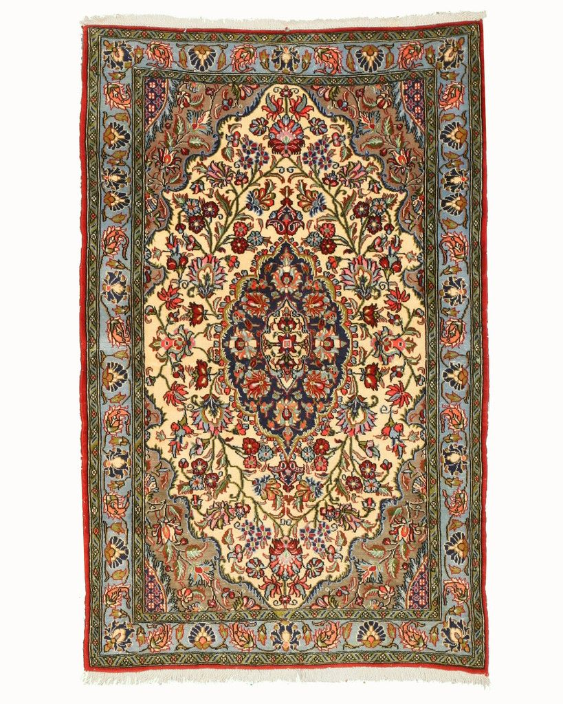 Unique Character Of Persian Rugs With The Quality That S Age Make This Beuatiful Rug A Perfect Choice For Any Home Hand Knotted And