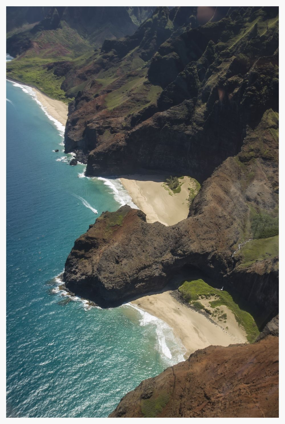 Napali Aerial 01.jpg | Travel noire, Go hawaii, Aerial ...