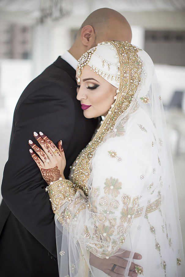9cae095f990 11 Stunning Brides Wearing Hijabs On Their Wedding Day