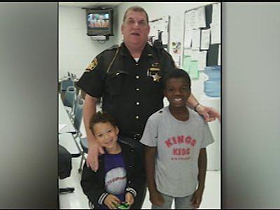 Good Samaritan: Ohio cop pays hotel bill for homeless family