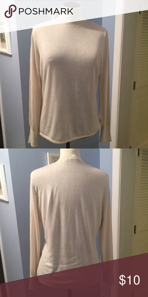 Turtleneck EXCELLENT used condition. MATERIALS: 76% silk, 21% cashmere, and 3% wool. COLOR: Cream. MEASUREMENTS: Shoulder Width - 15-1/2 inches, Length from back of neck - 24 inches, Chest Width (Side Seam to Side Seam) - 20 inches. Pamela Dennis Sweaters Cowl & Turtlenecks