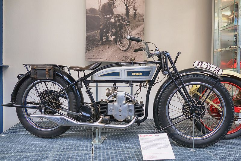 1926 Douglas 350 Motorcycle Motorcycle Antique Motorcycles Cool Bikes