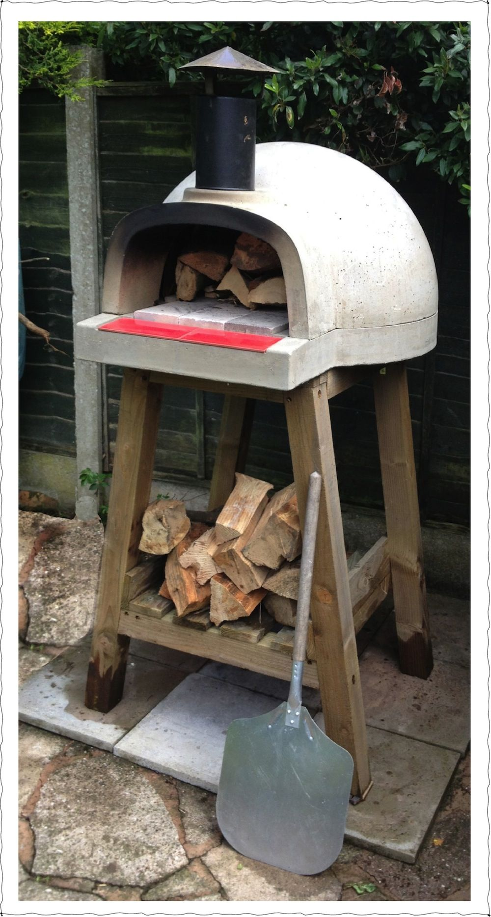 Traditional Wood Fired Ovens, Authentic Italian Style Pizza In Seconds.  Designed For Ease Of Use, An Outdoor Pizza Oven For Inspired Cooking.