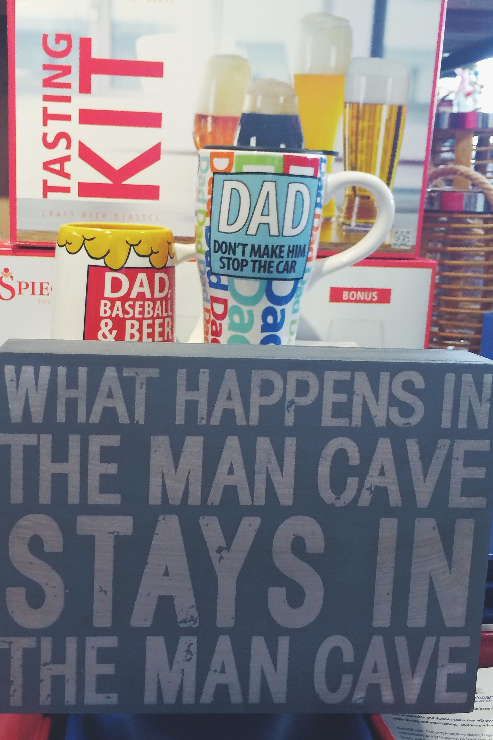 Remind Dad how great he is with one of McEwan's personalized wall frames.
