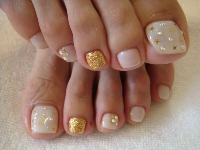 10 Nail Art Ideas For Your Toes Toe nail art Daily nail and Toe