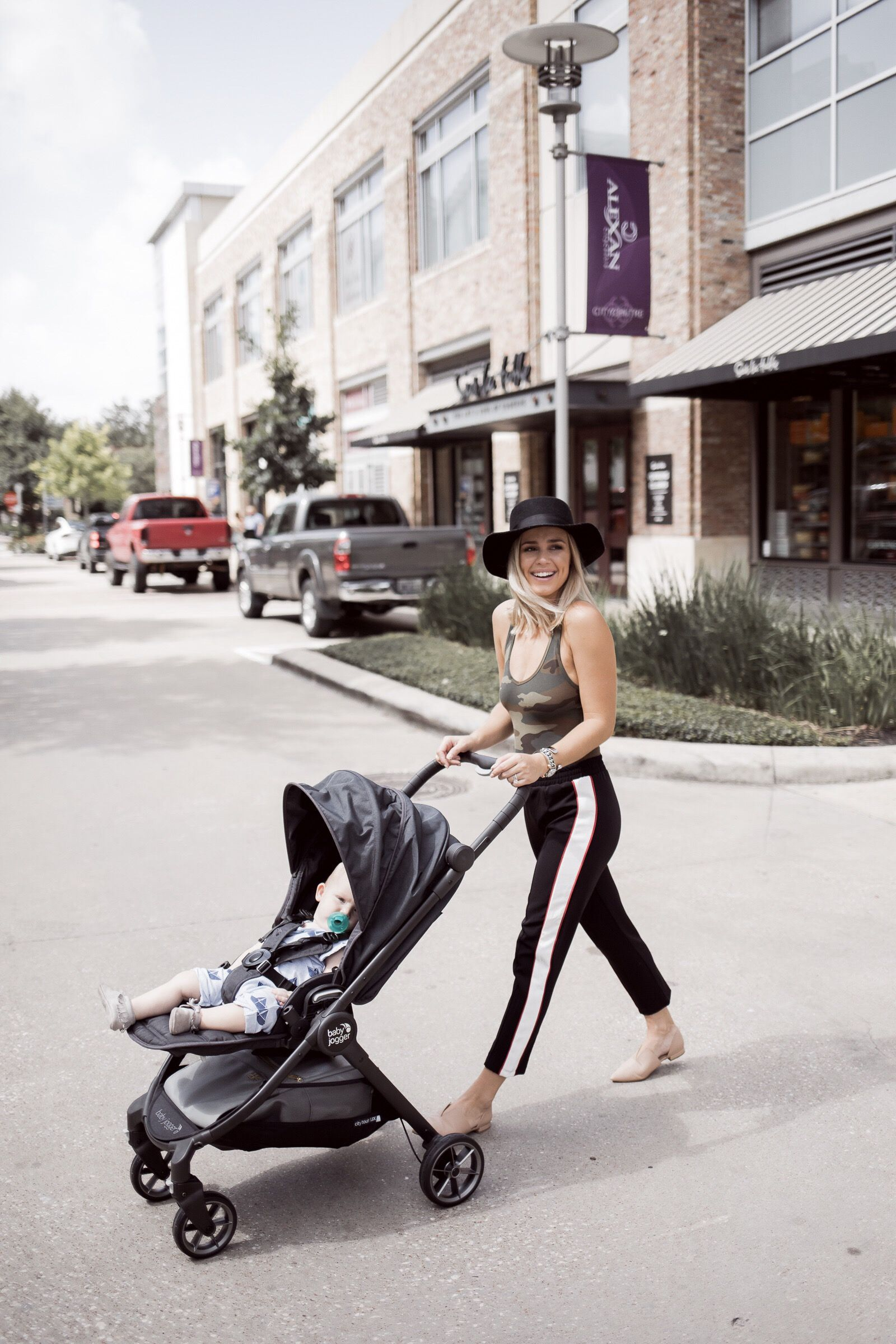 Weekly Instagram Roundup Baby jogger, Joggers, New baby