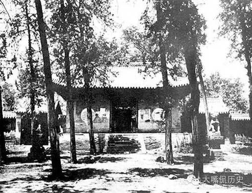 Rare Photographs of the Shaolin Temple before it was Destroyed in 1928