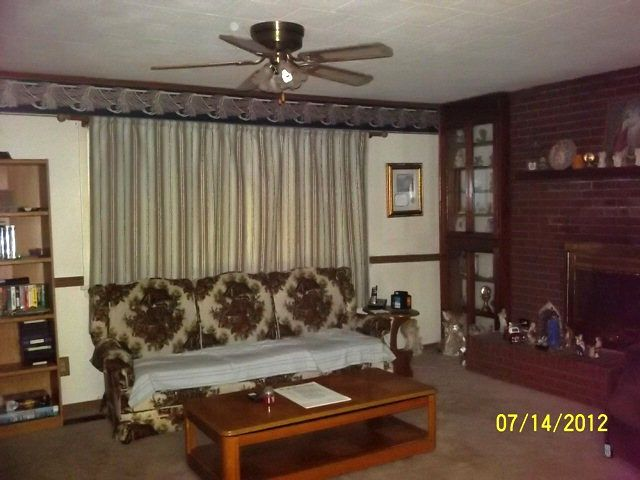 creepy old houses for sale ugly old outdated sofa couch dalton georgia home house for sale. Black Bedroom Furniture Sets. Home Design Ideas