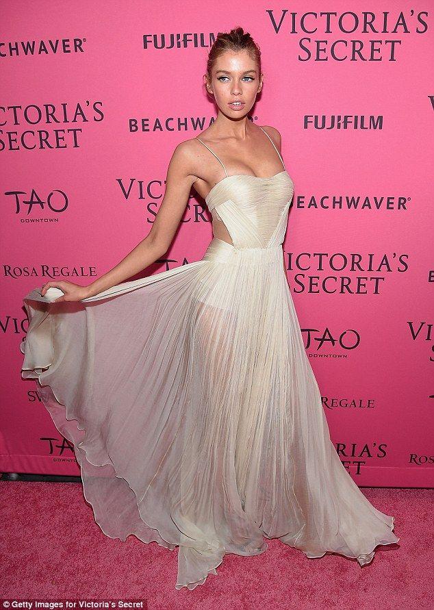 Stella Maxwell looks heavenly in sheer gown #VSFashionShow ...