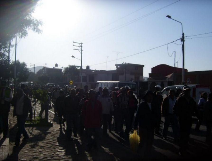 TIABAYA. Pobladores se oponen a la instalación de colector de desagüe http://hbanoticias.com/5783