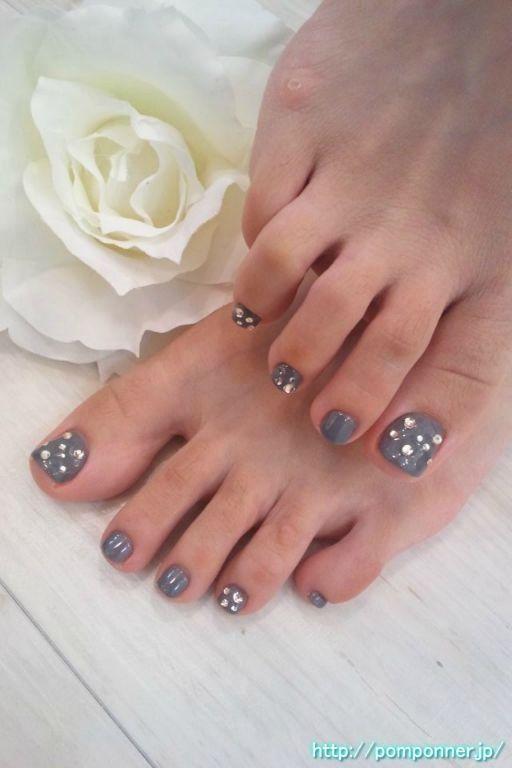 Foot Gray Nail Color Fill Nailcolour