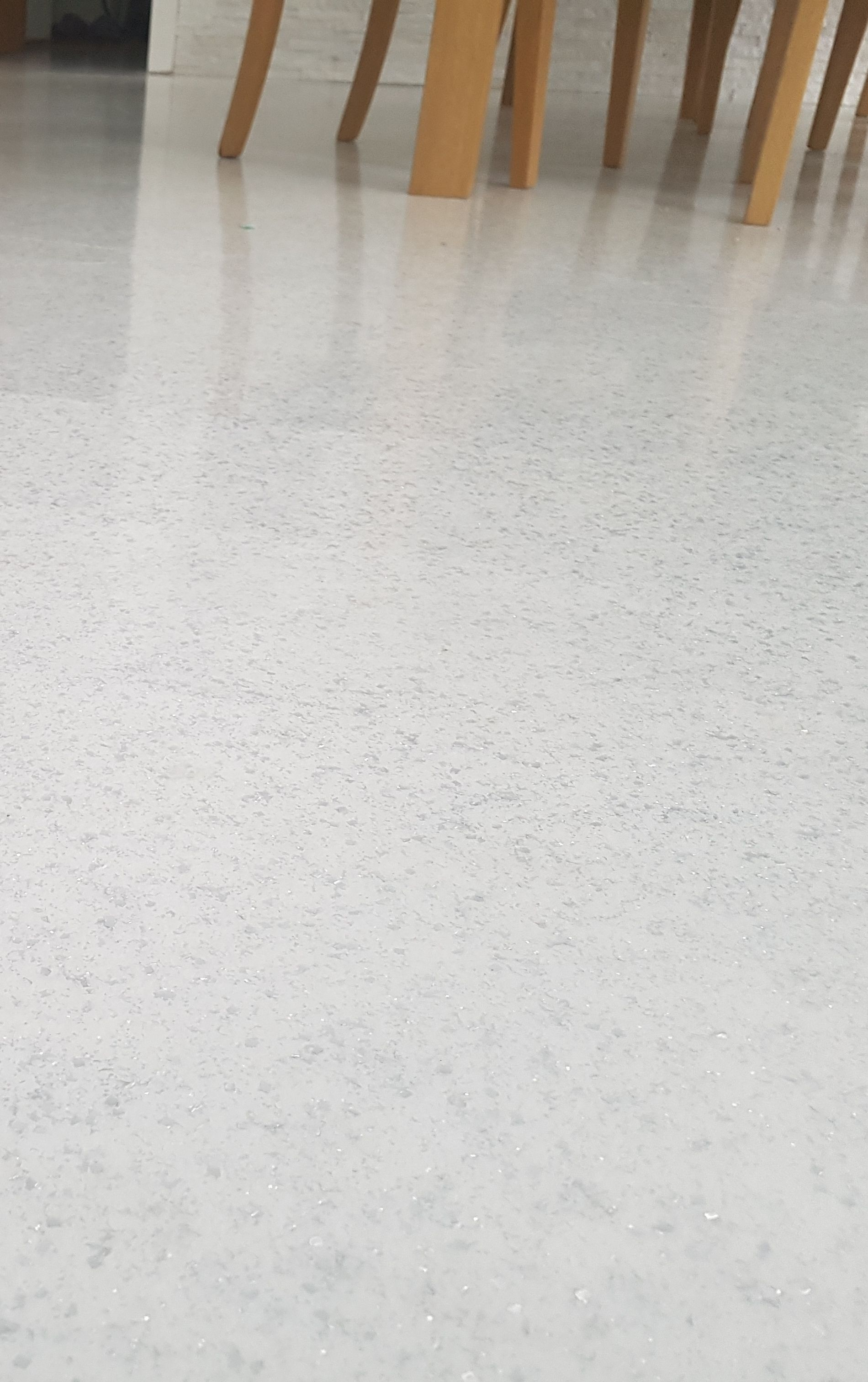 White Resin Flooring With Silver Flakes Great For Living