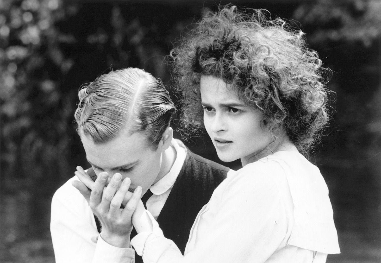One Period Drama Production Still Per Day Samuel West Helena Bonham Carter In Howard S End Helena Bonham Carter Bonham Carter Helena Bonham