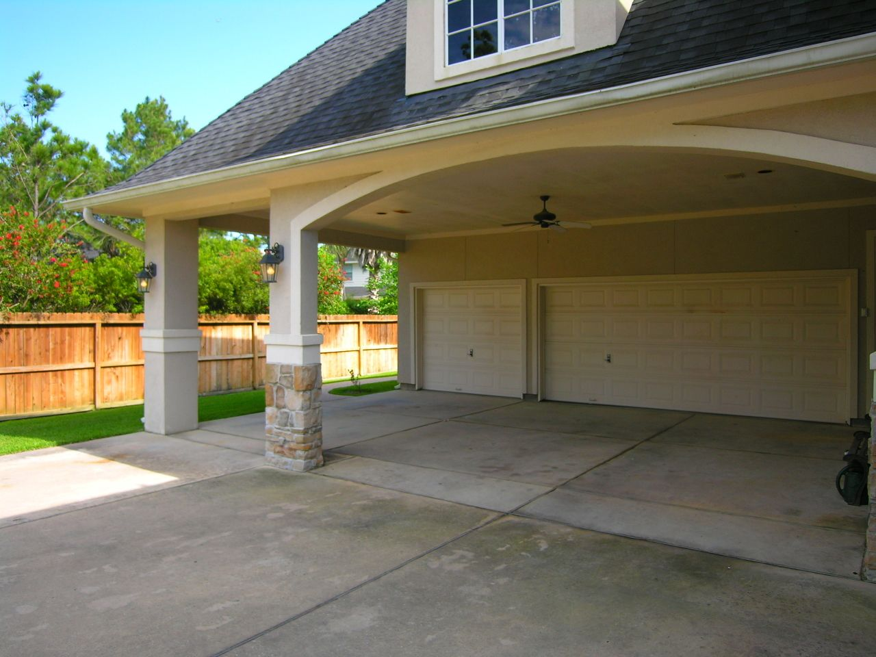 I Love This Overhang In Front Of The Garage Doors It Will Keep The Weather Off Including The Hot Sun Garage Exterior Storybook House Plan Carport Designs