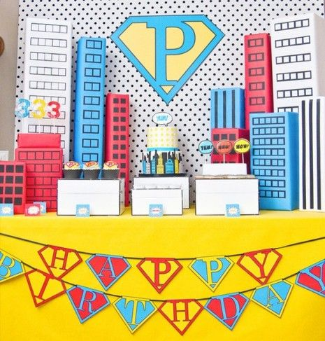 superhero cake table