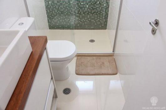 Porcelanato Polido Branco Banheiro Pequeno