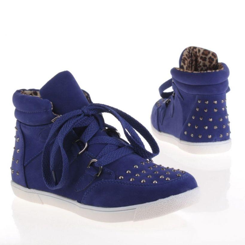 Blauwe sneakers met studs |Shoeshop.nu
