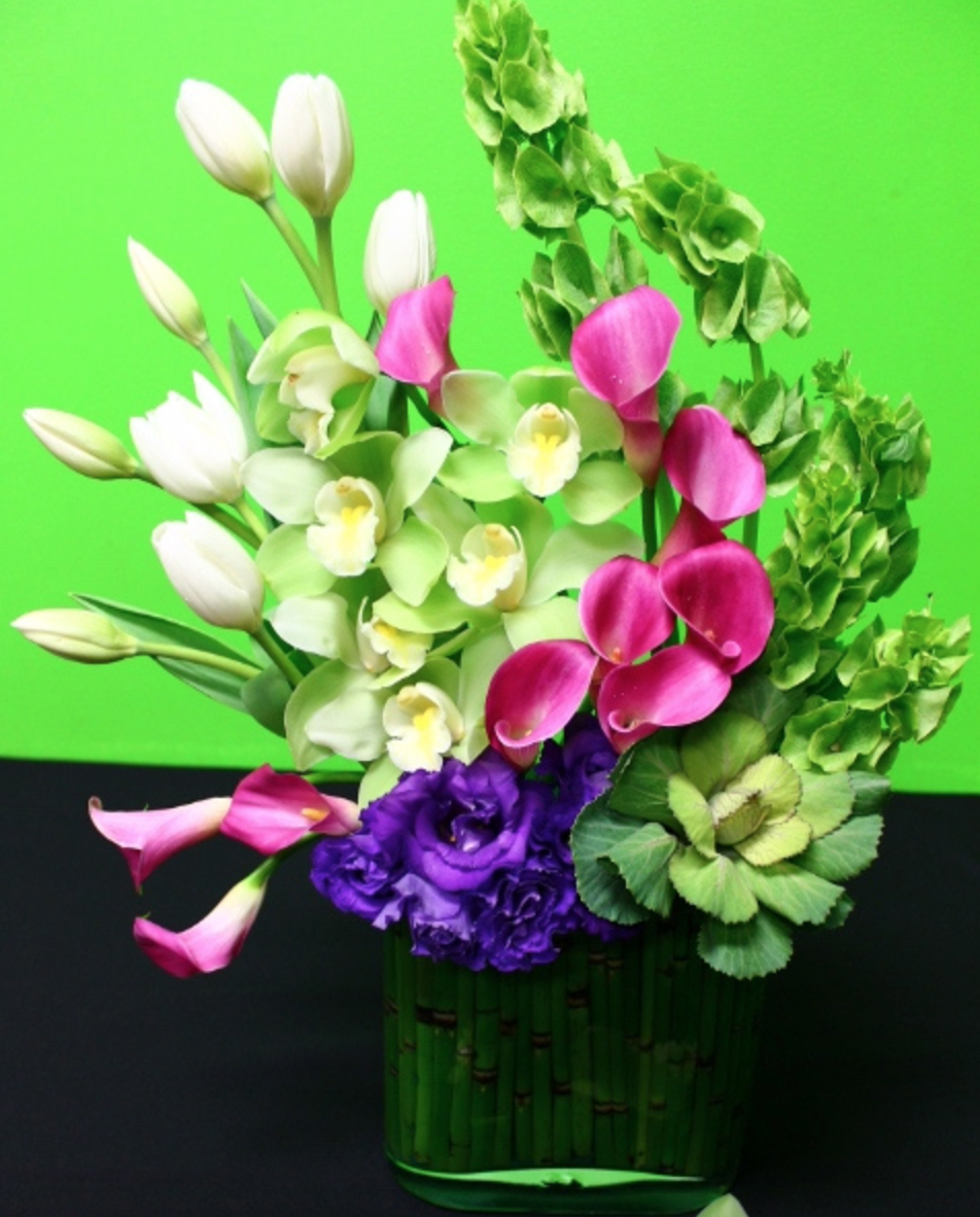 Divine Bouquets And Flower Arrangement Pinterest Calla Lilies
