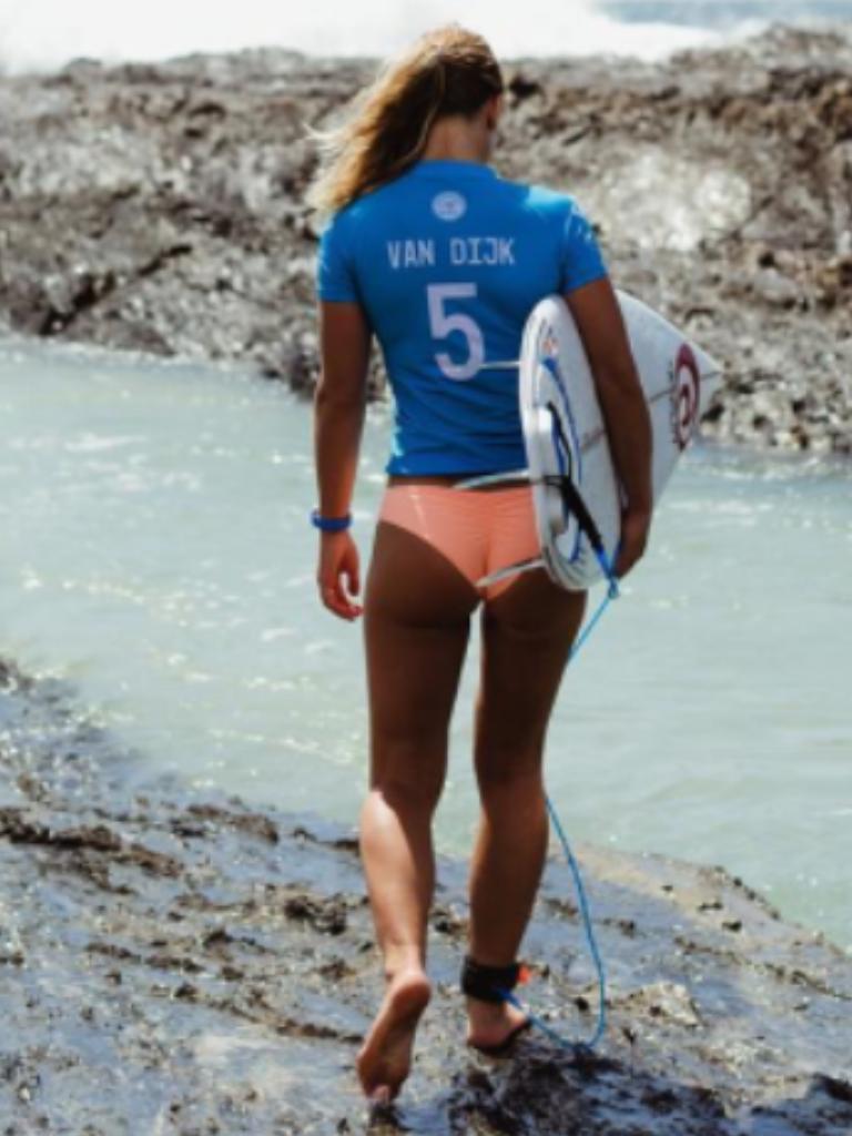 Nikki Van Dijk (AUS) during the #Roxy Pro Gold Coast Snapper Rocks 2015 Australia. Roxy brand and lifestyle. www.roxy.com @Roxy By Roxy #surfgirls