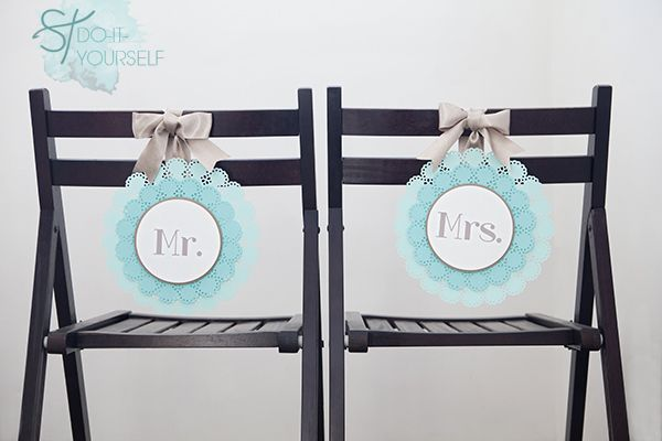 DIY Mr & Mrs #wedding chair signs from something Turquoise