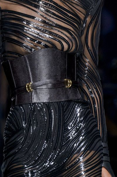 Balmain at Paris Fashion Week Fall 2017 - Details Runway Photos