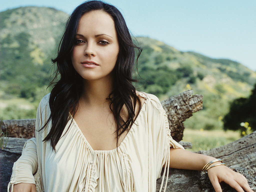 Christina ricci esquire 2003 by yariv milchan hq photo shoot nude (96 photos), Boobs Celebrity foto